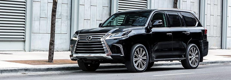 سيارة لكزس LX 2019