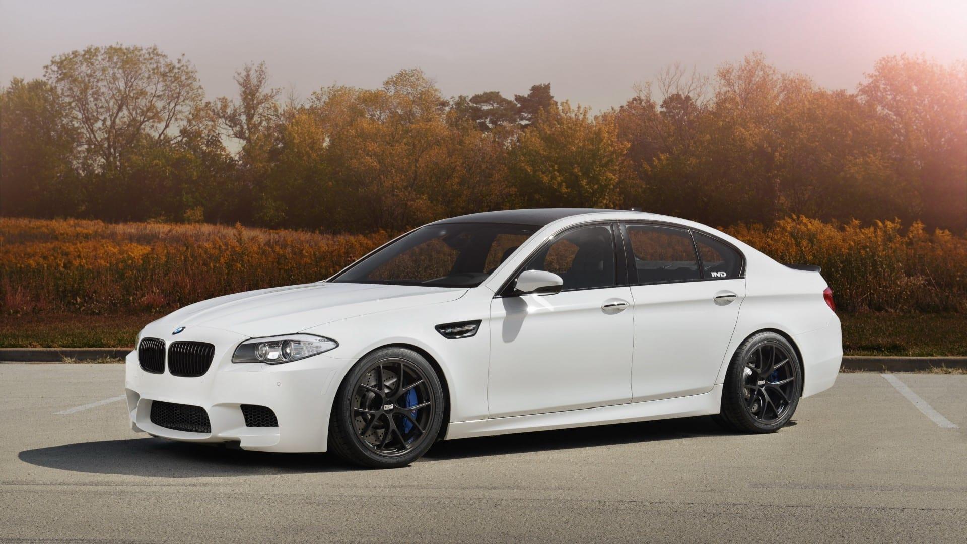 BMW f10 سيارة_
