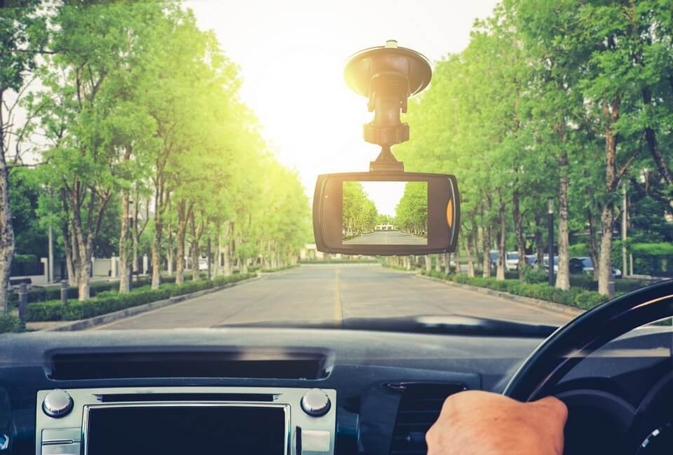 أحدث كاميرات سيارة