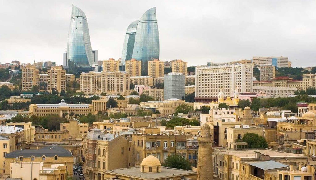 مدينة باكو في أذربيجان اقرأ السوق المفتوح