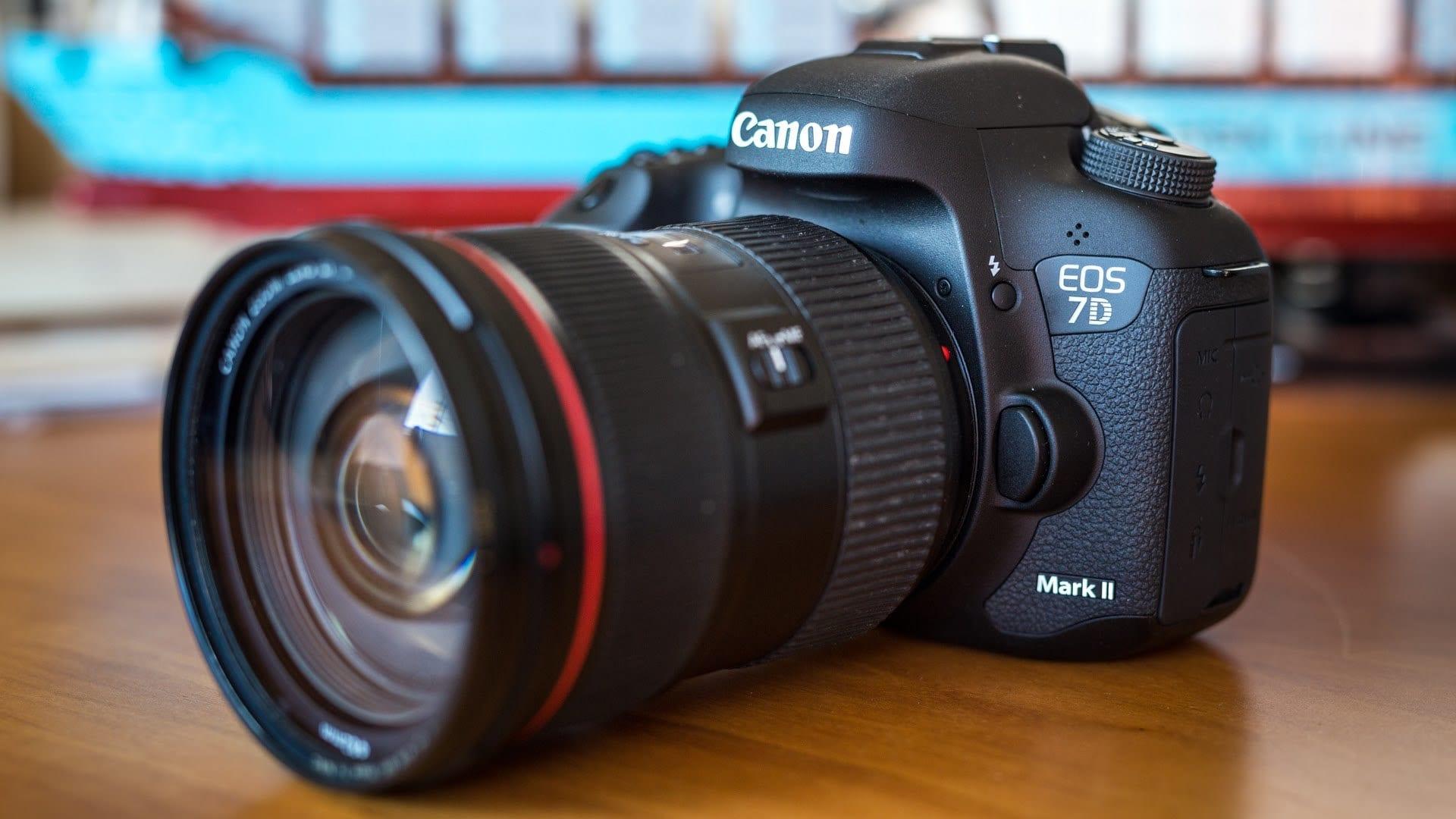 أفضل كاميرات كانون