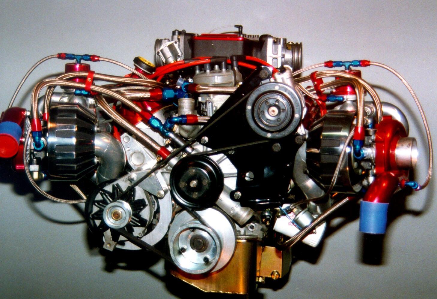 ما هي أجزاء محرك السيارة