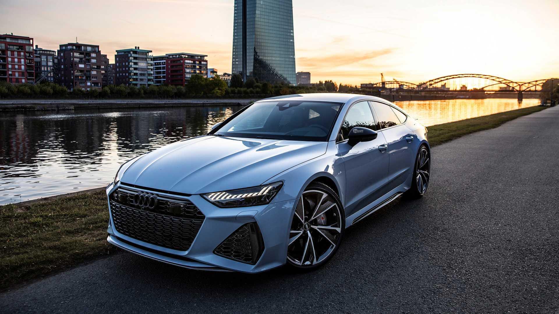 سيارة Audi rs7