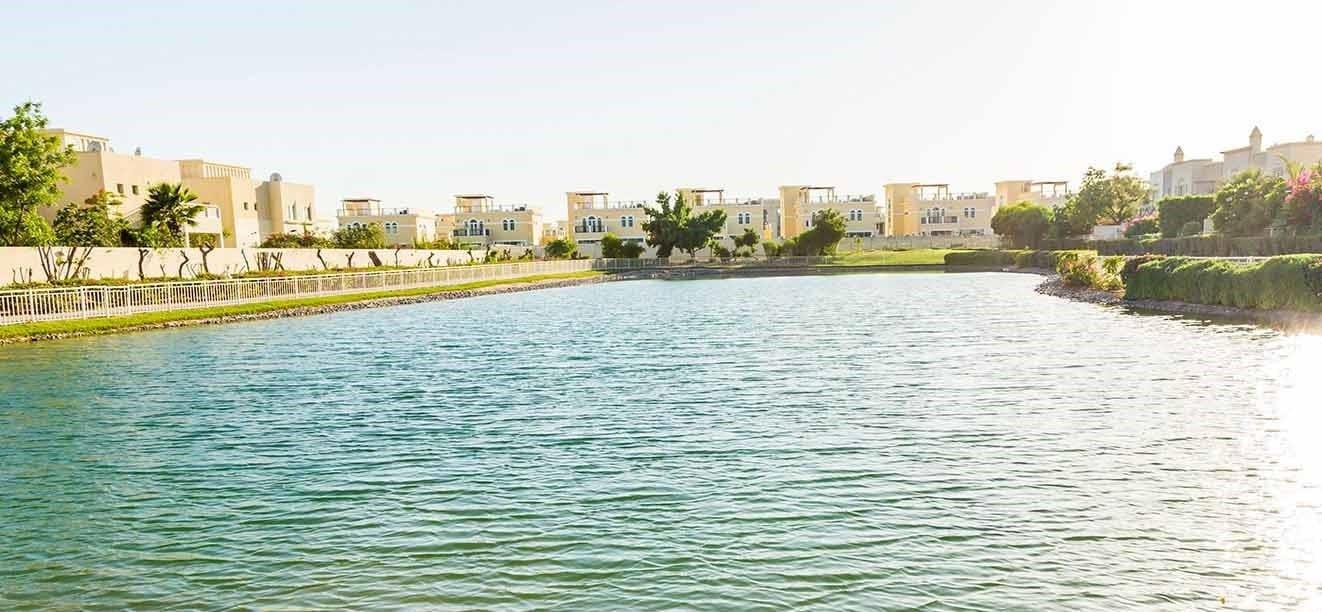 مجمع الينابيع 12 في دبي