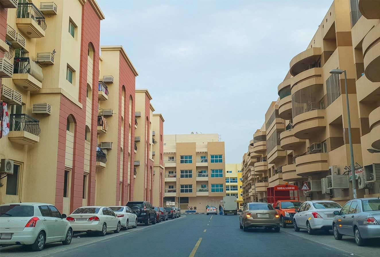 مجمع محيصنة 4 في مدينة دبي