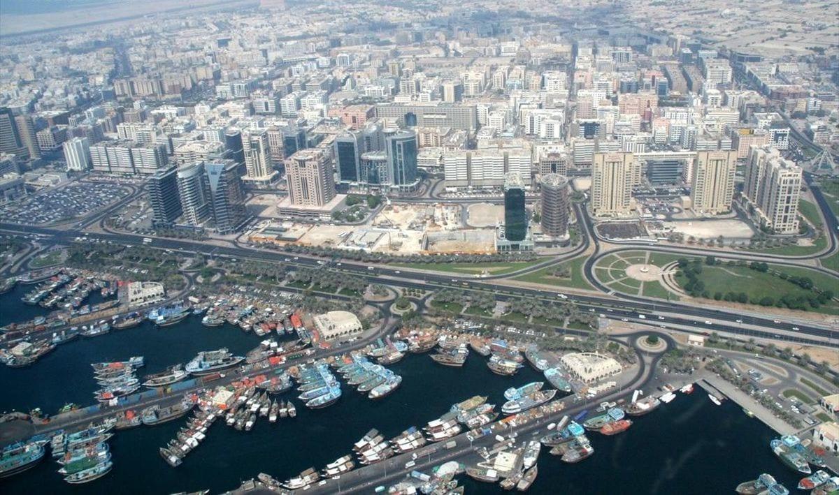 منطقة ميناء سعيد في حي ديرة