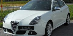 سيارة Alfa romeo giulietta