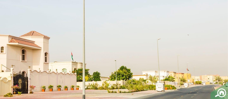 مجمع الورقاء 4 في دبي