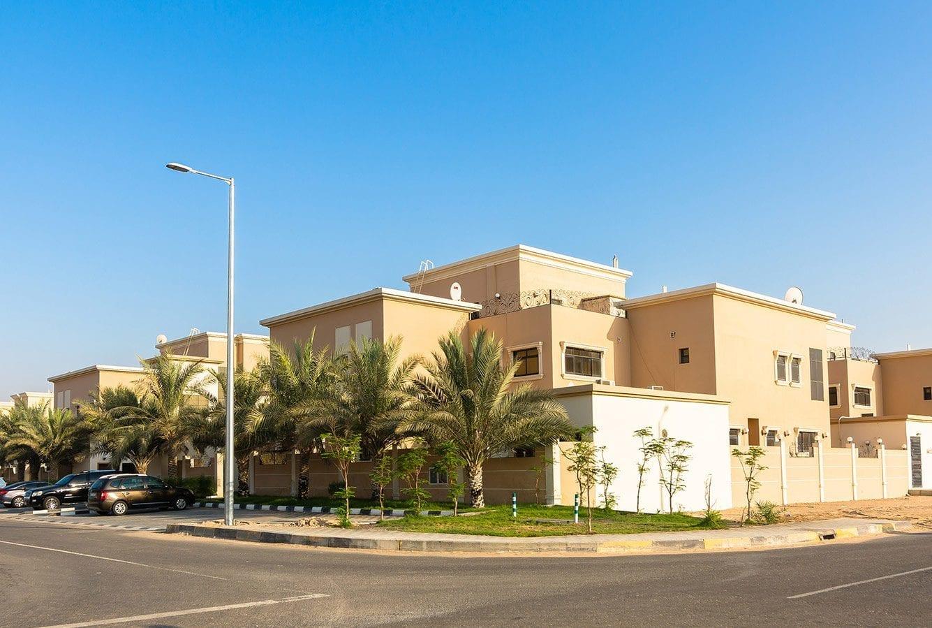 مجمع المنطقة 1 في مدينة محمد بن زايد