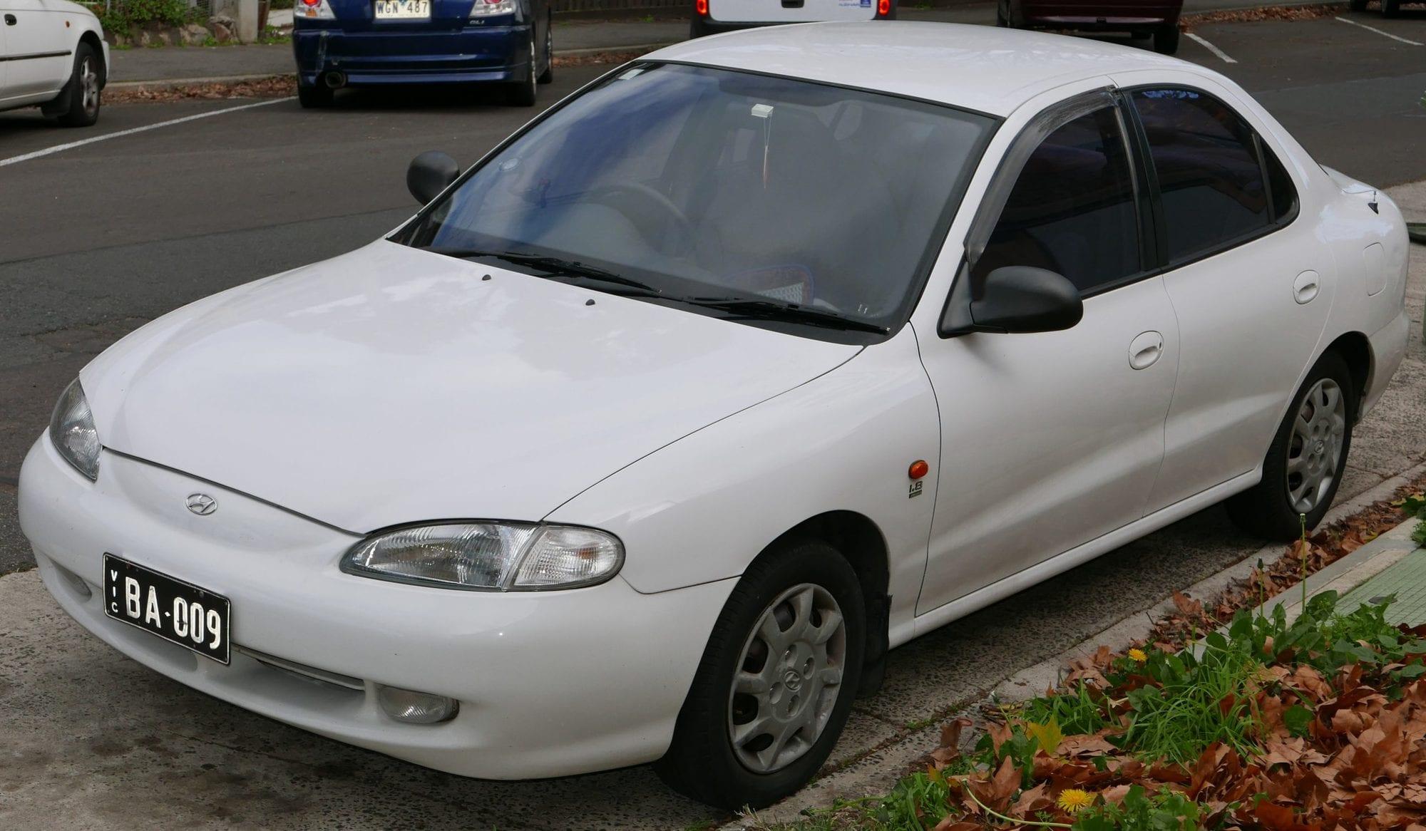 سيارة هيونداي 1998