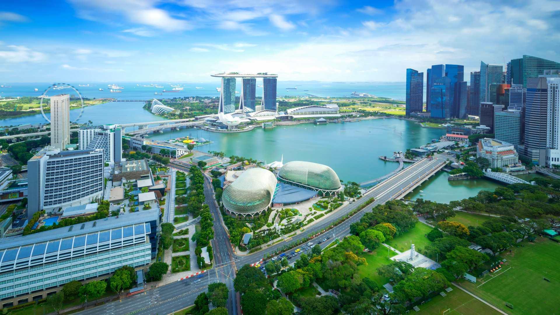 السفر إلى سنغافورة