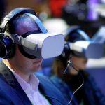 فوائد نظارات الواقع الافتراضي