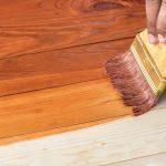 كيفية طلاء الخشب