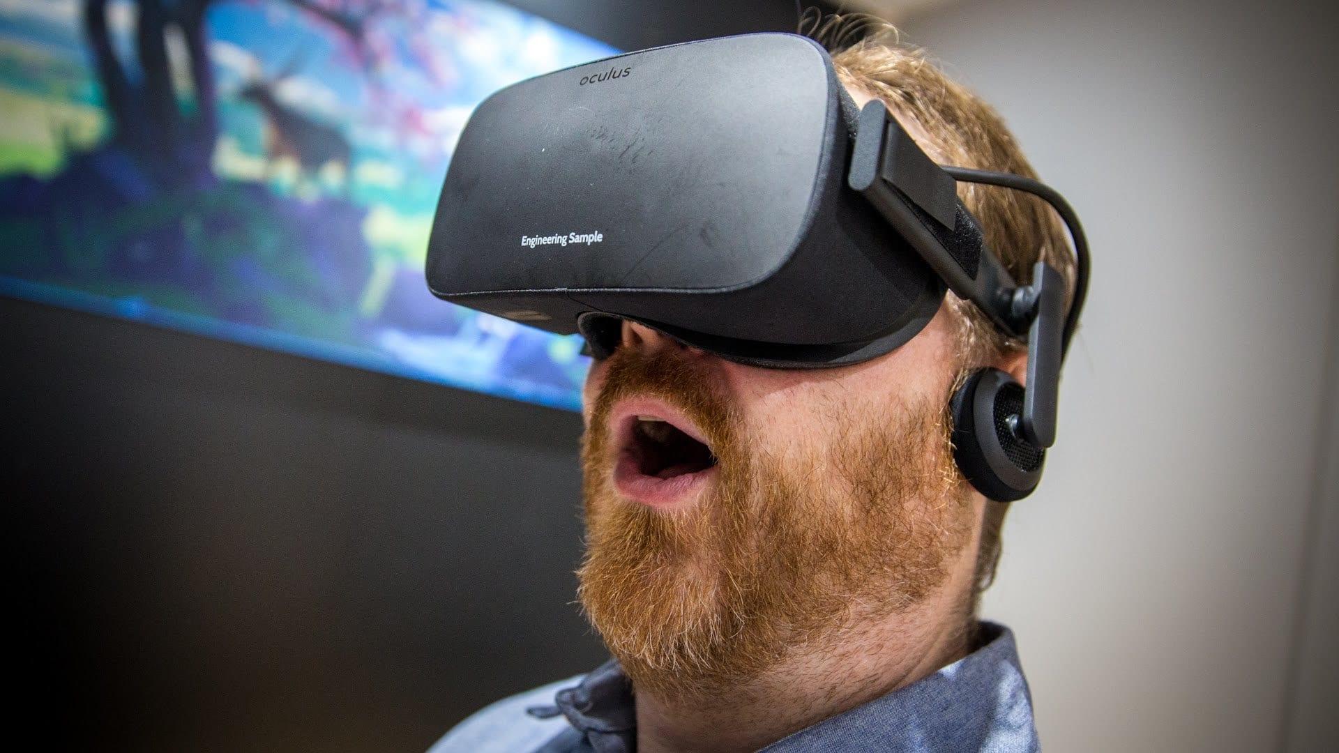 نظارة الواقع الافتراضي Oculus Rift