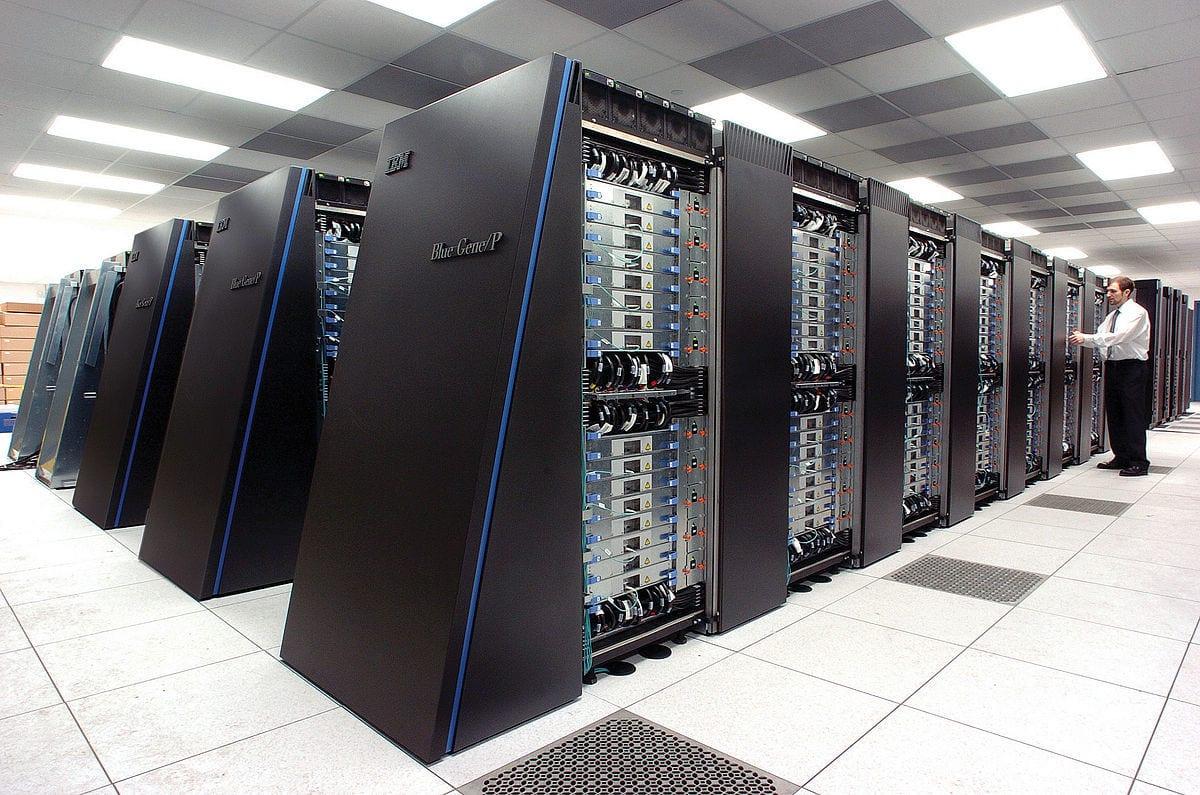 أنواع أنظمة التشغيل في الحاسوب