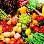 أنواع الأطعمة الطازجة وفوائدها