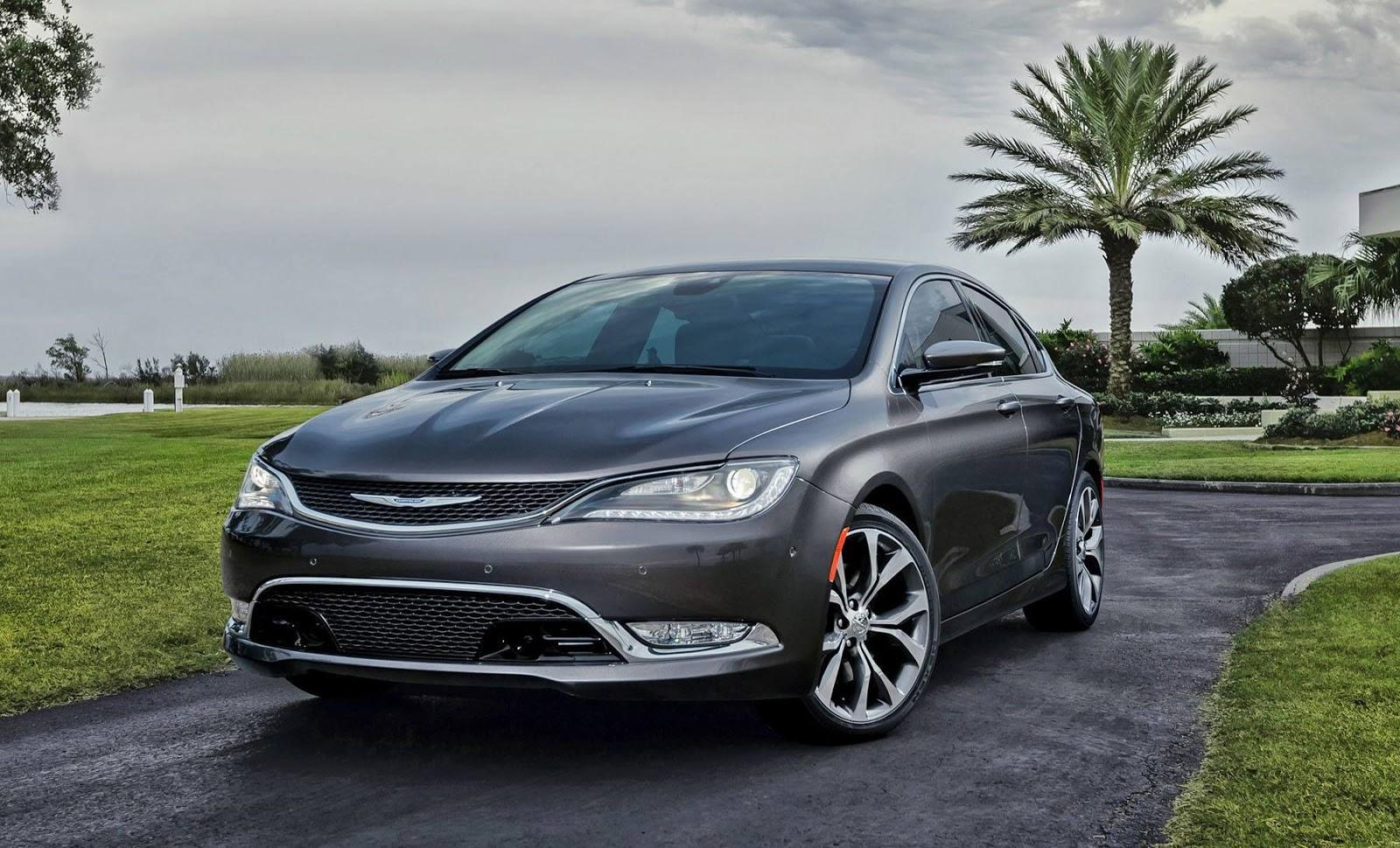 سيارة chrysler 200