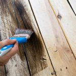طريقة دهان الخشب