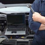 فحص مكينة السيارة بالكمبيوتر
