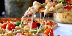 ما هي مكونات البيتزا