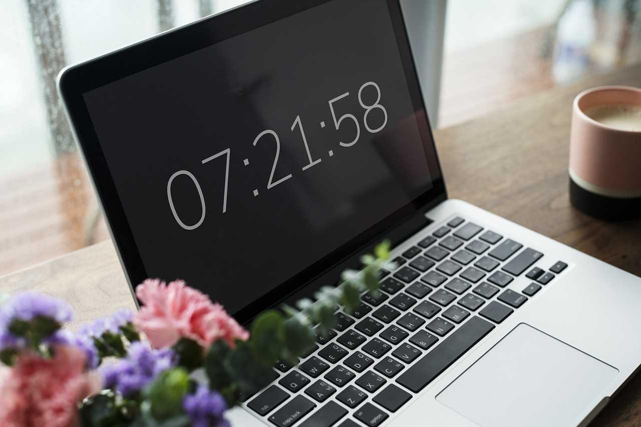 مشكلة تغير الوقت والتاريخ بعد إعادة تشغيل الجهاز ويندوز 7