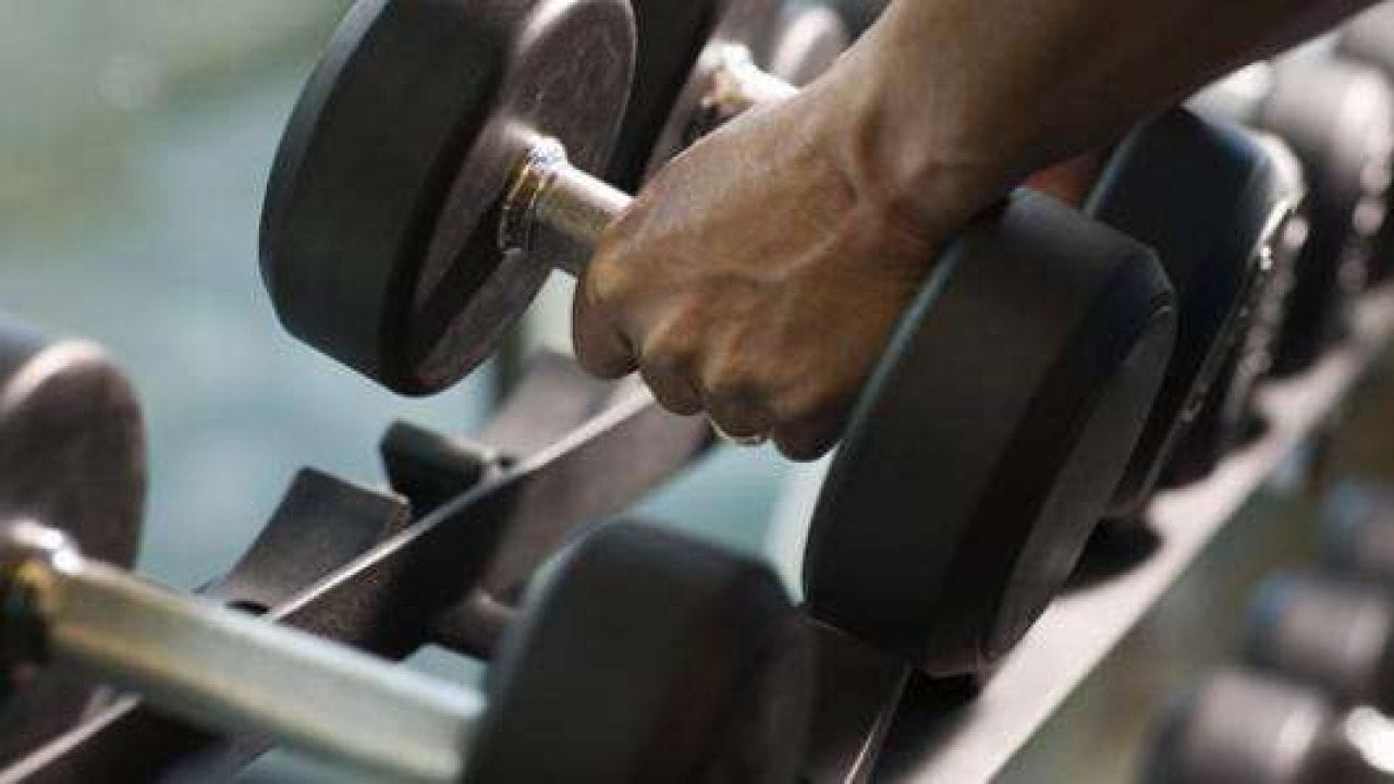 هل تمارين الحديد تزيد الوزن
