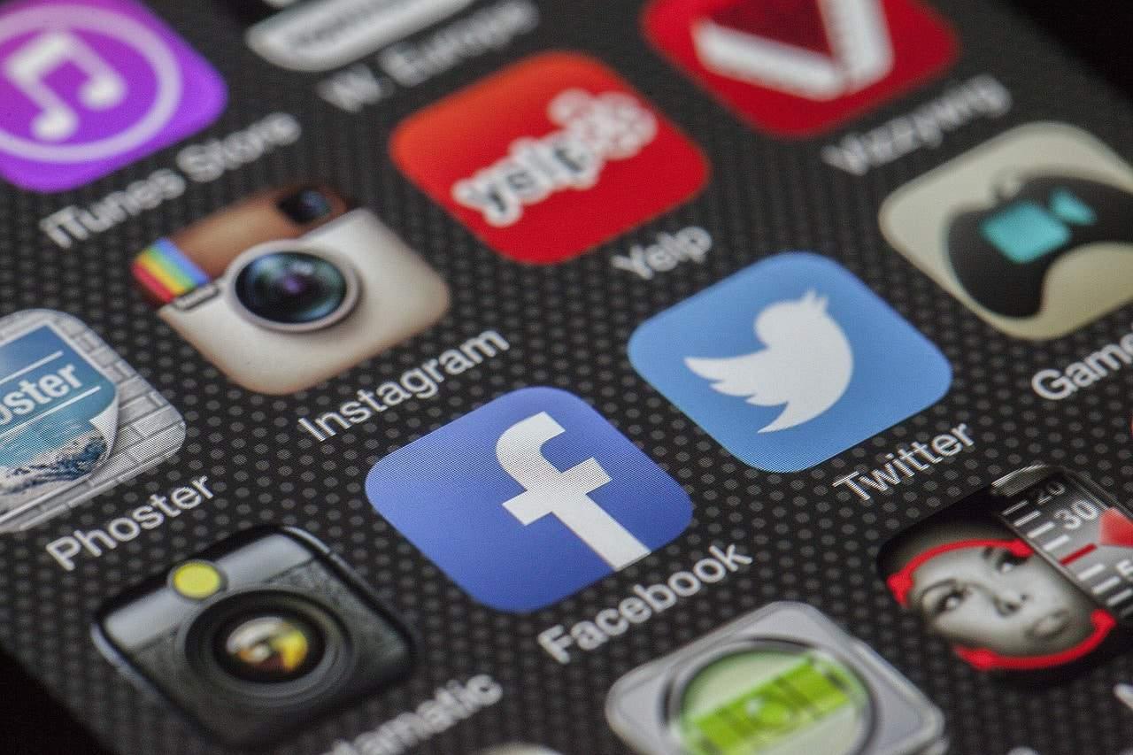 بحث عن طرق التواصل عبر الإنترنت اقرأ السوق المفتوح