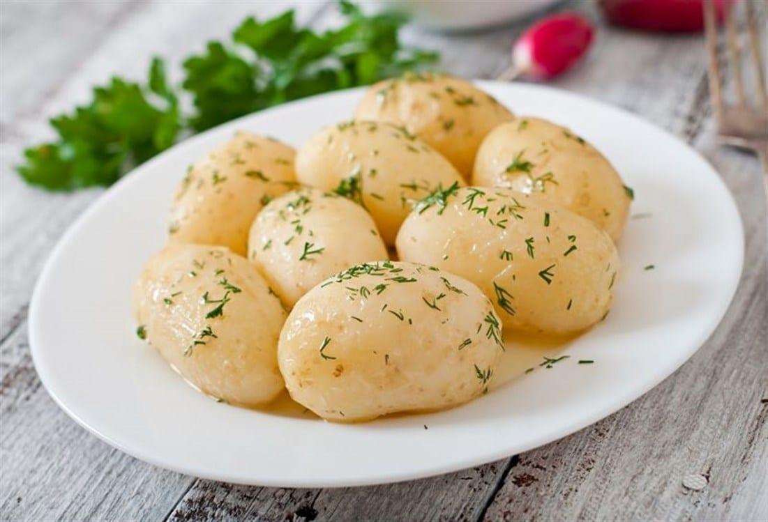 السعرات الحرارية في البطاطس المسلوقة اقرأ السوق المفتوح