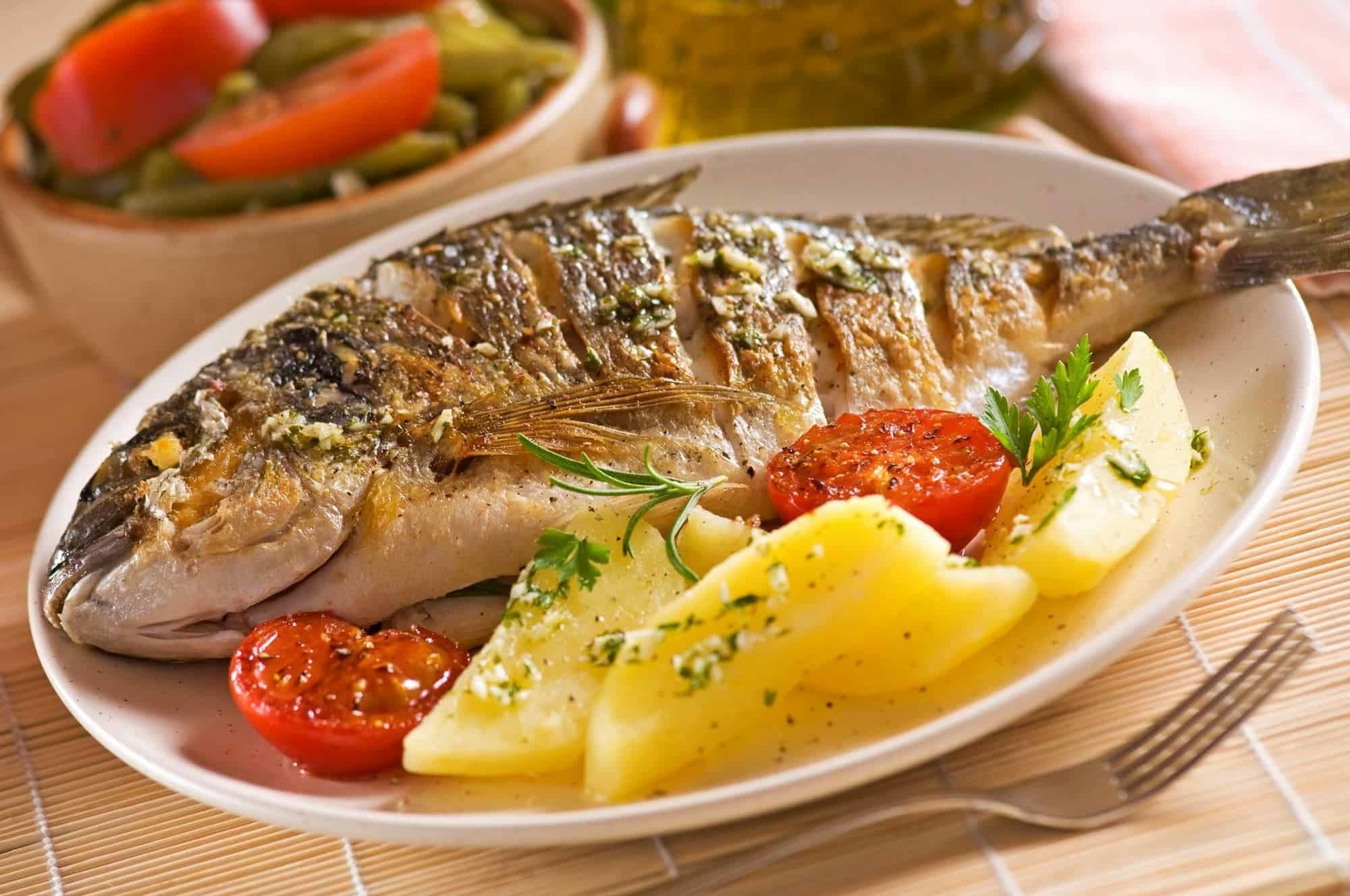 السعرات الحرارية في السمك المشوي